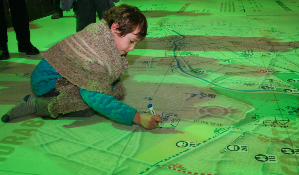 Santiago hosted an amazing Green Map launch event at the National Museum in 2008, thanks to Ciudad Viva and Natura