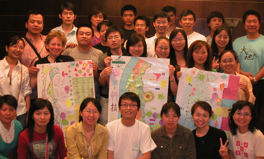 Meeting Chinese Green Mapmakers in Shanghai was very meaningful to Wendy