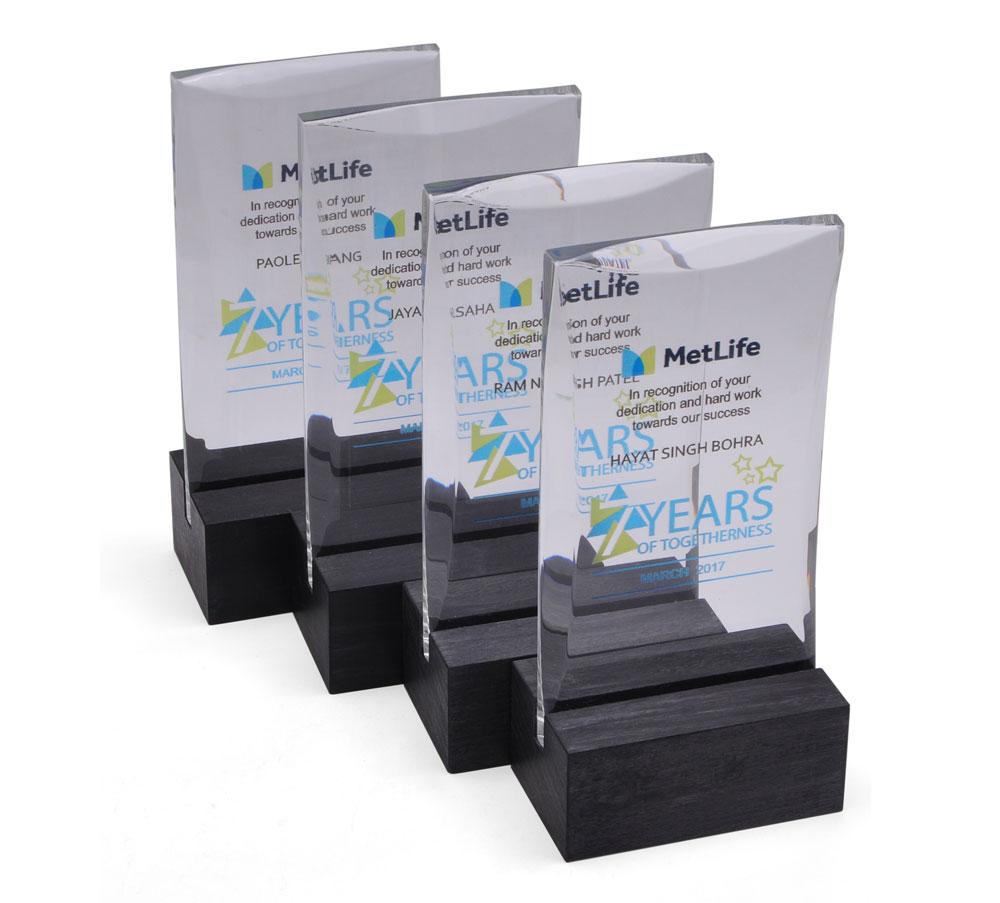 metlife-long-service-awards-1.jpg