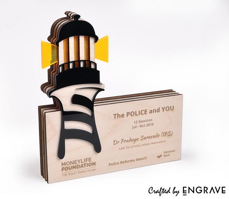 moneylife-lighthouse-souvenir.jpg