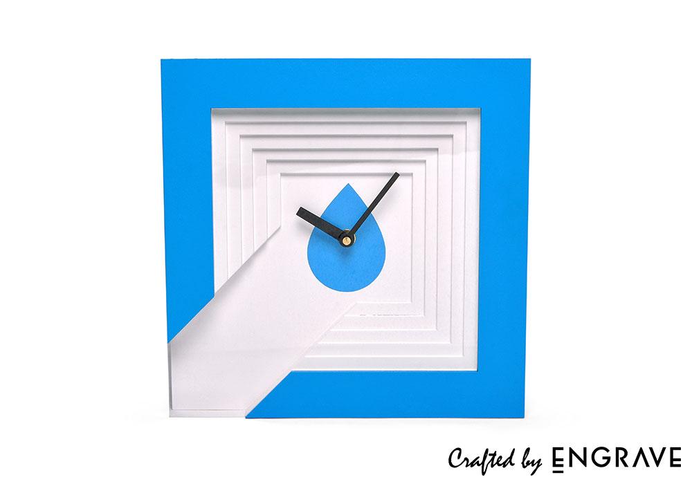 Mocrolit-Clock-1.jpg