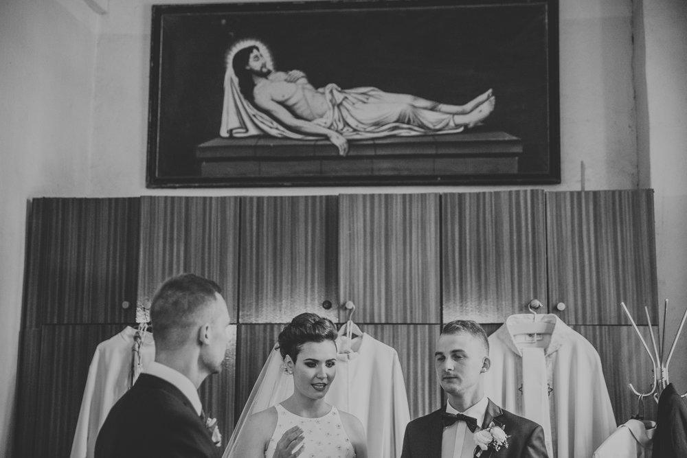Poland_Julita&Damian_weddingphotographer008.jpg