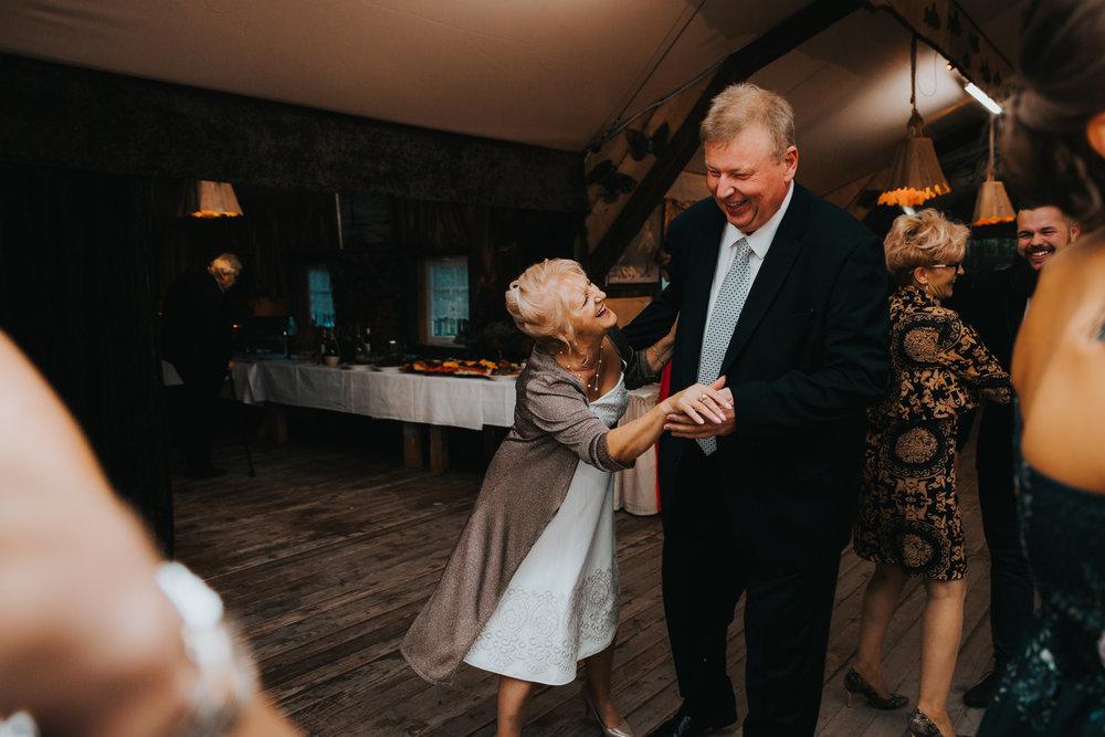 weddingphotographer_julita_rafal_biebrzanski_park_narodowy_281.jpg
