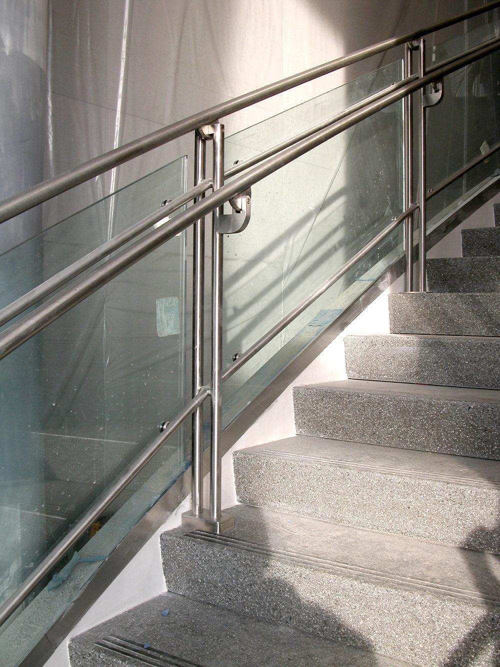 Handrails_4.jpg