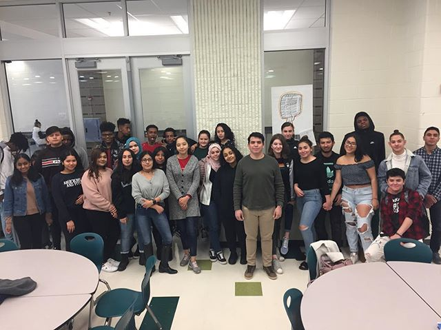 PROGRAM UPDATE!  Wakefield youth hear from @possefoundation scholar and awesome alum Anderson • Ben Franklin youth work on job applications • Roosevelt youth learn about discrimination from @dchumanrights  #posselove