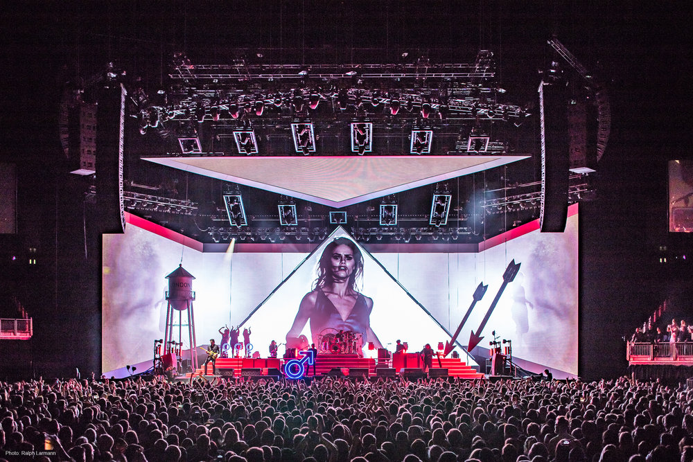 0109_LR-Final-Selection_THE-KILLERS-live-O2-London-2017-11-28_Photo-Ralph-Larmann_IMG_0829.jpg