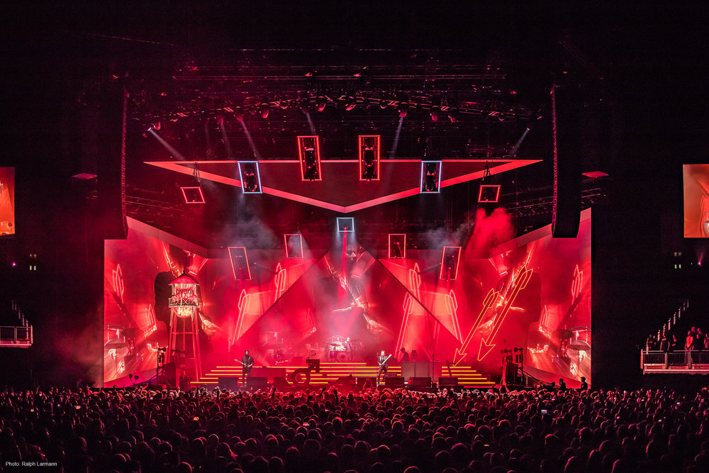 0210_LR-Final-Selection_THE-KILLERS-live-O2-London-2017-11-28_Photo-Ralph-Larmann_IMG_1416.jpg