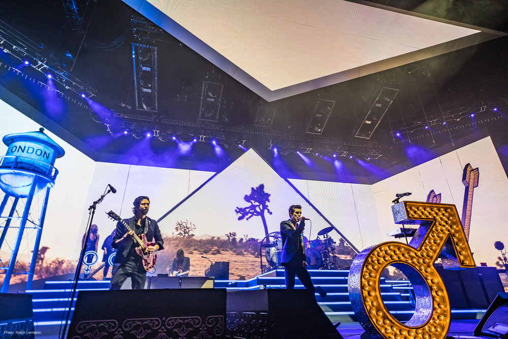 0262_LR-Final-Selection_THE-KILLERS-live-O2-London-2017-11-28_Photo-Ralph-Larmann_DSC01423.jpg
