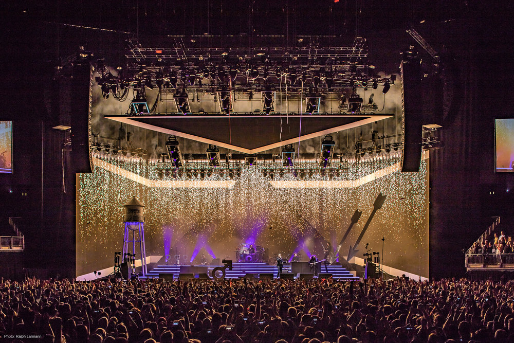 0328_LR-Final-Selection_THE-KILLERS-live-O2-London-2017-11-28_Photo-Ralph-Larmann_IMG_2100.jpg