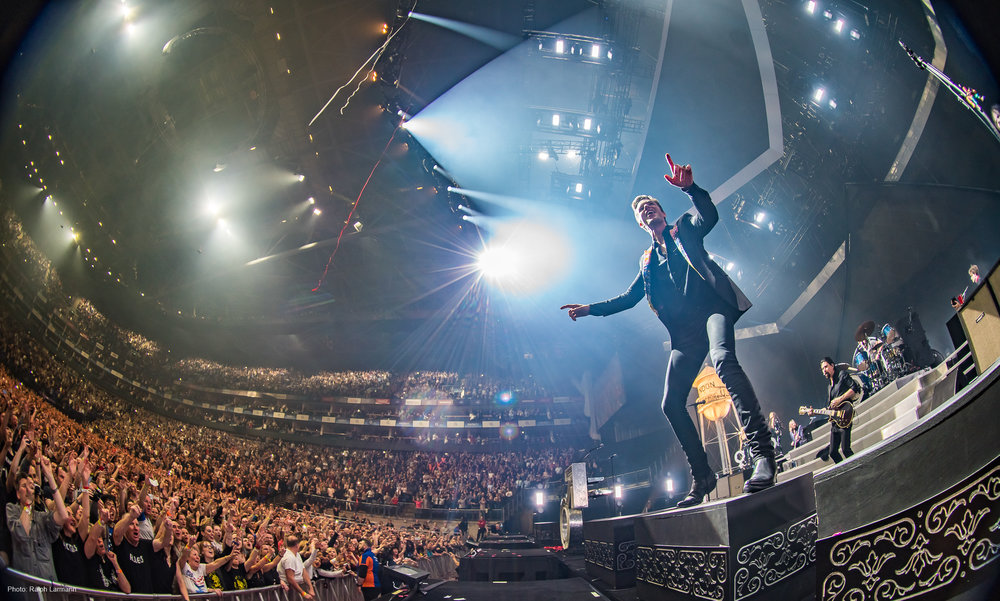 0380_LR-Final-Selection_THE-KILLERS-live-O2-London-2017-11-28_Photo-Ralph-Larmann_DSC02383.jpg