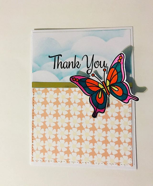 We're all a bit under the weather here.  It didn't stop me from making this card.  I hope we get to 100% soon.  Link in bio! ♥️♥️♥️ #eviedoesit #ldrscreative #broughttolifebyyou #hedgehoghollow #simonsaysstamp #butterfly #butterflystamp #tombowdualbrushpens
