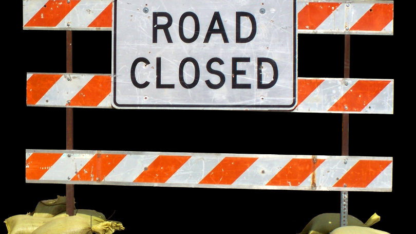 Road+Closed+sign+generic.png
