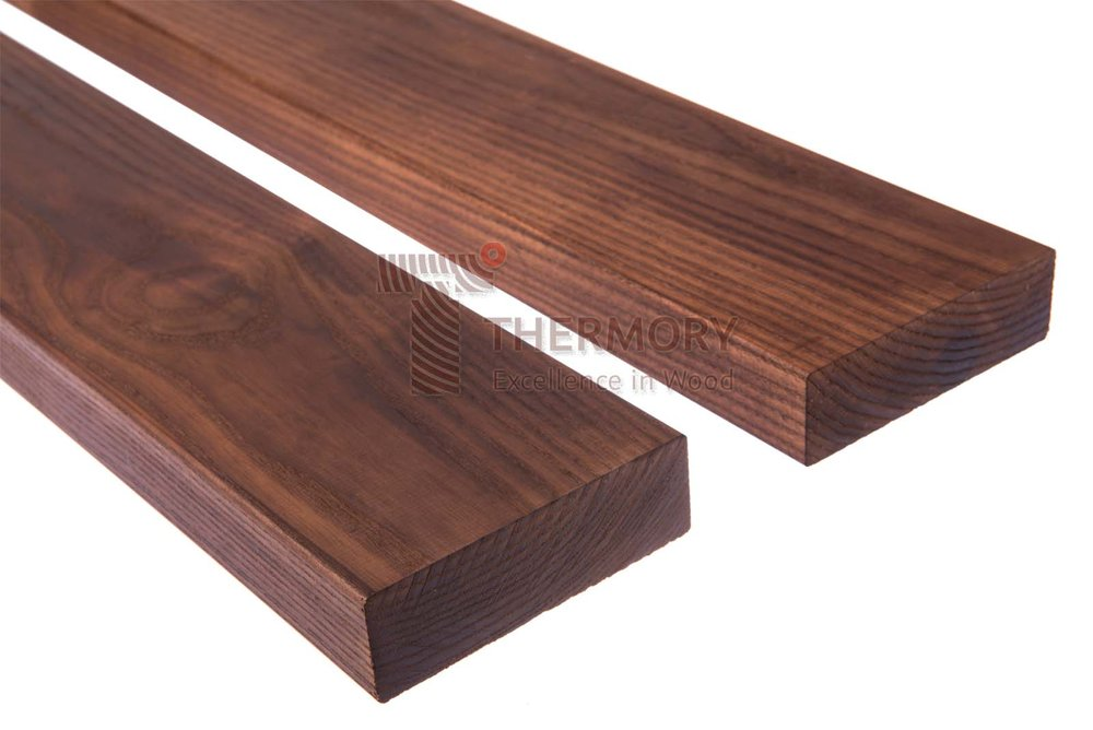 D4 42x135mm - The D4 profile is a s classic decking board which does not require any additional fitting systems.