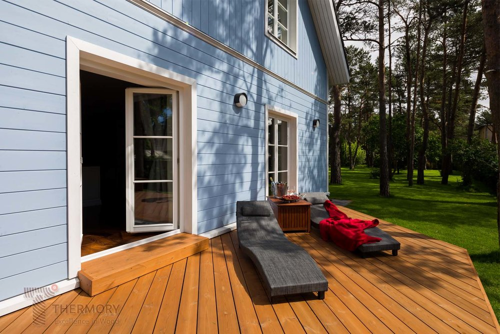 Thermory Pine Decking_D34 26x140_TENI Clip_Estonia_WM (5).jpg