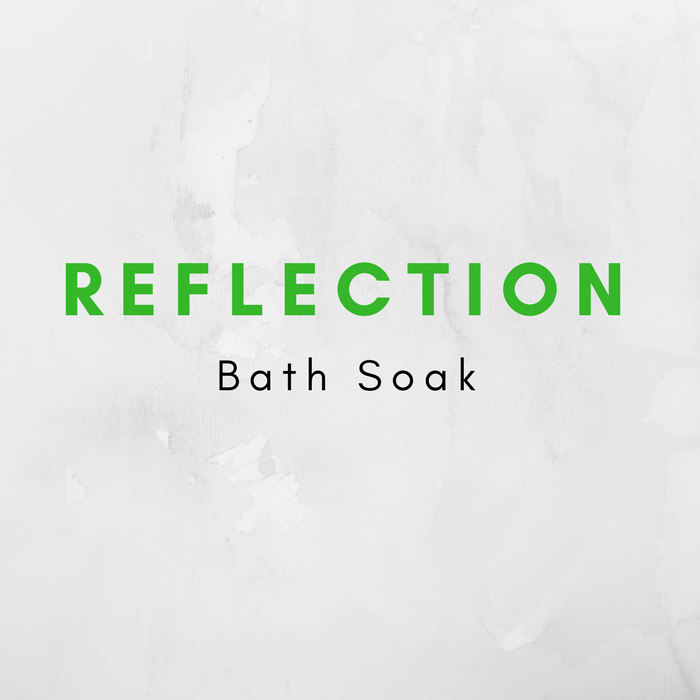 Inspired by my favorite country-saving princess, this bath soak is infused with green tea, menthol, rose petals, hibiscus flowers, and sweet orange essential oil.