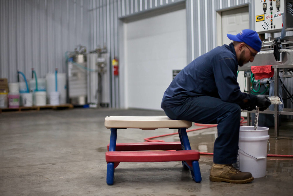 Jason Holtermann (Stillmank Brewing Co.) may sit at the kids' table, but he cleans up after canning like a real adult.