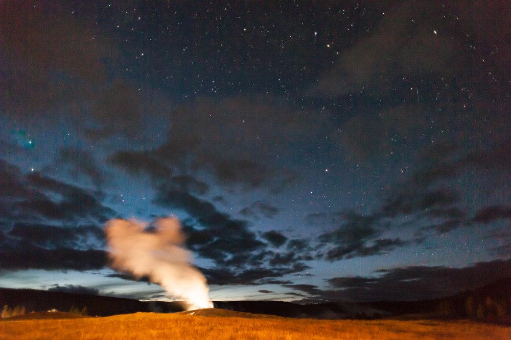 The sun is setting in Yellowstone NP