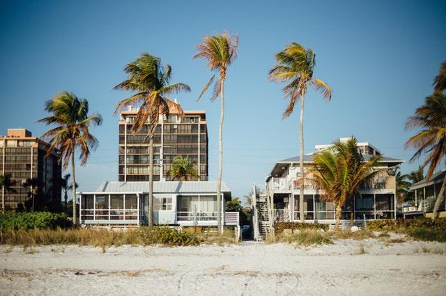 beachHouse.jpeg