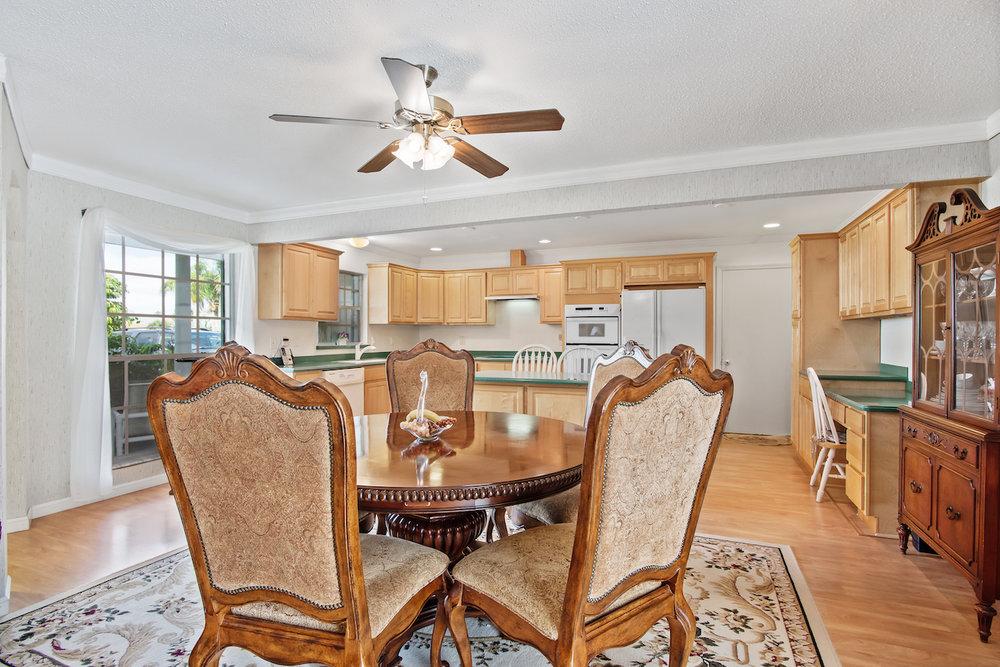 606 Dunbarton Circle NE Palm Bay, Florida. House for sale by Brent Burns