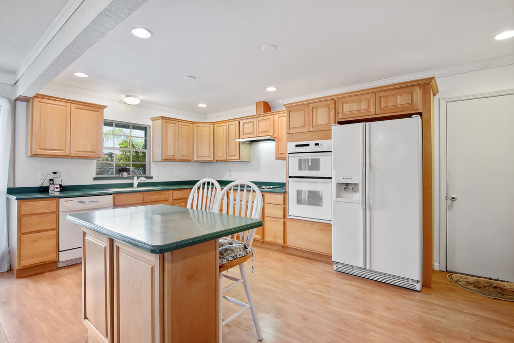 606 Dunbarton Circle NE Palm Bay, Florida. House for sale by Brent Burns. 3 bedrooms with a pool.