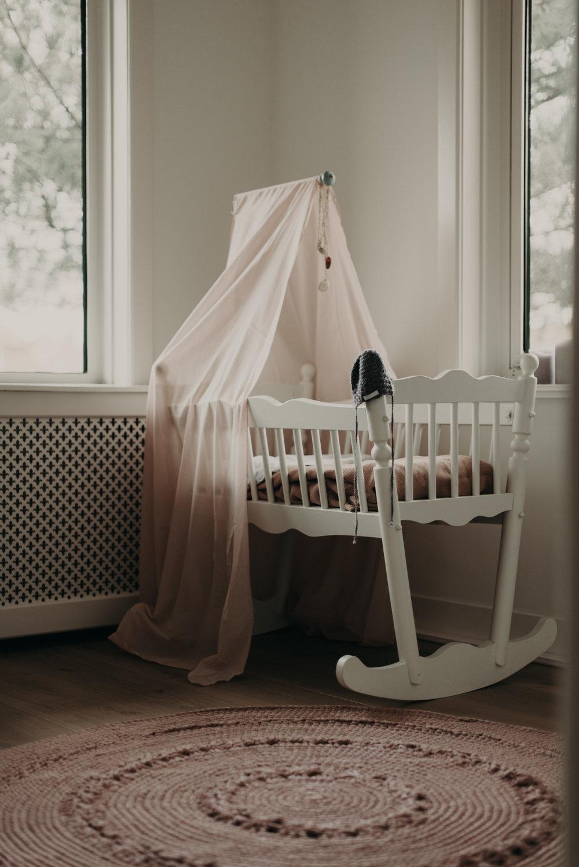 Den Haag Lifestyle Maternity Photoshoot