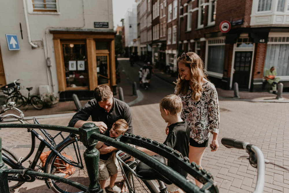 MalloyFamily-Amsterdam-27.jpg