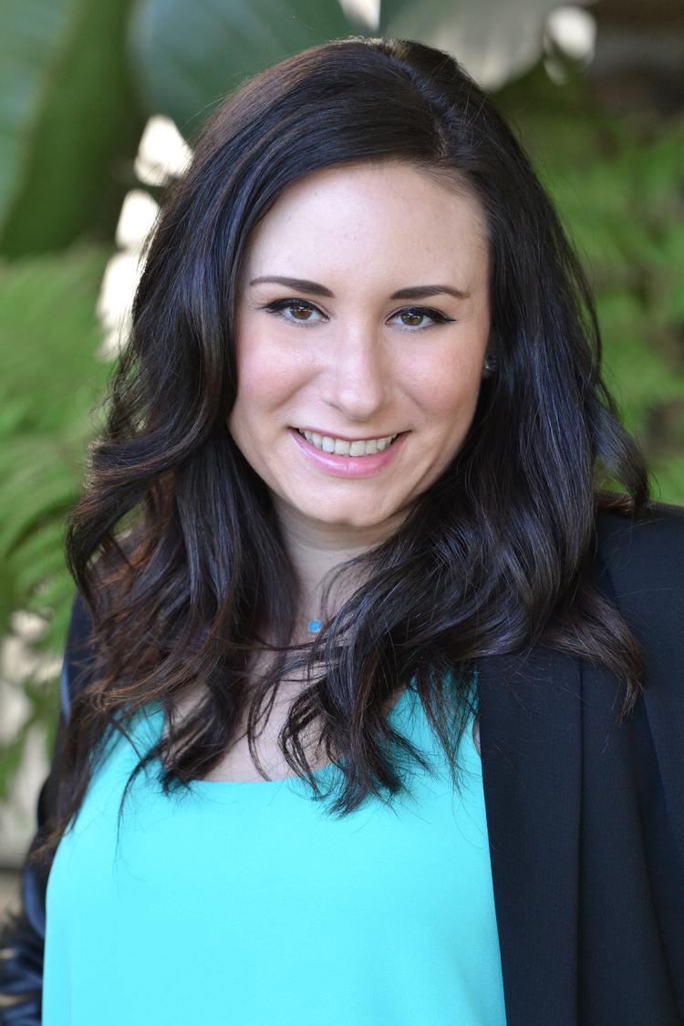 Alison in Blue | Alison Murphey LMFT |  Mobile Concierge Therapist