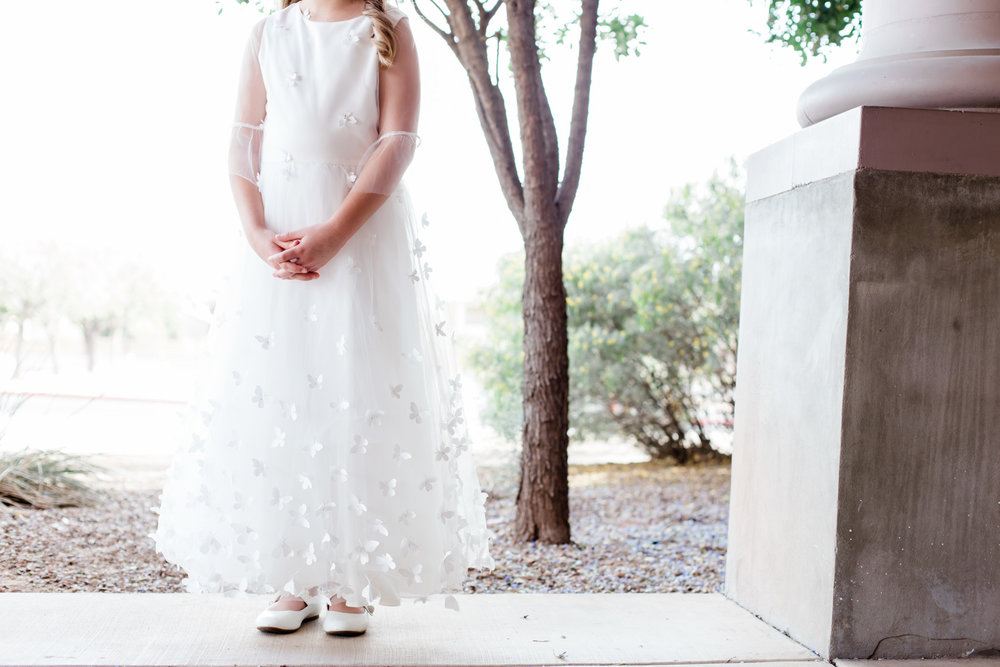 Lauren first communion tucson family photography 1.jpg