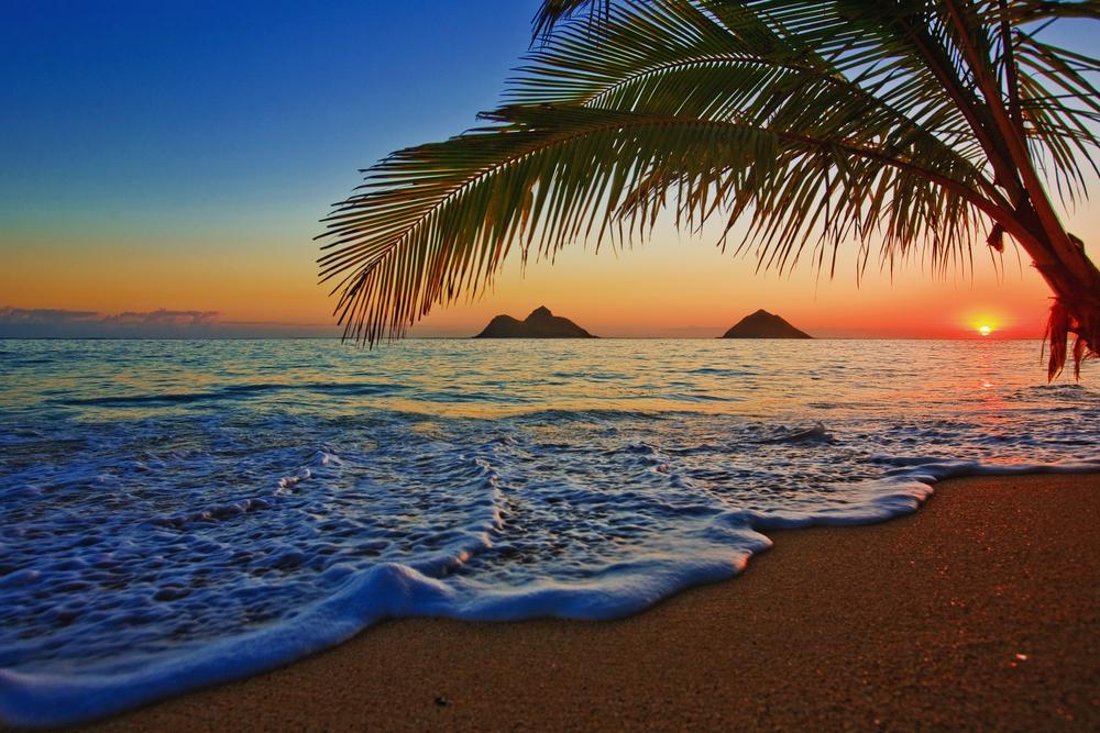 OROGOLD-Most-Amazing-Beaches-of-Hawaii-Lanikai-Beach.jpg