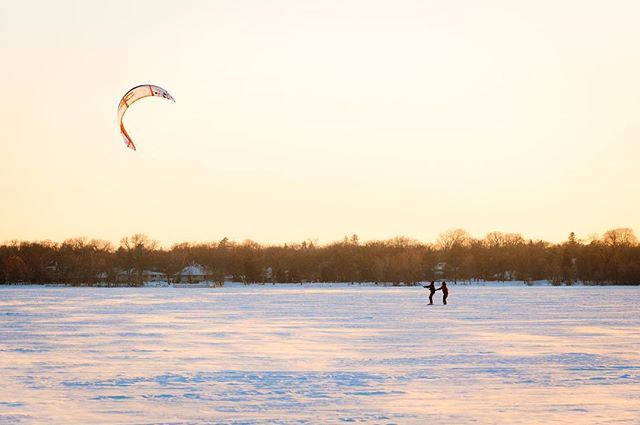Minnesotans trading in wakeboards and waterskis for wintertime kiteboarding. • • • • • #Community #MPLS #CARAG #CARAGMPLS #Minneapolis #MN #Minnesota #Minnstagramers #CaptureMinneapolis #CaptureMinnesota #CaptureMN #ExploreMN #TwinCities