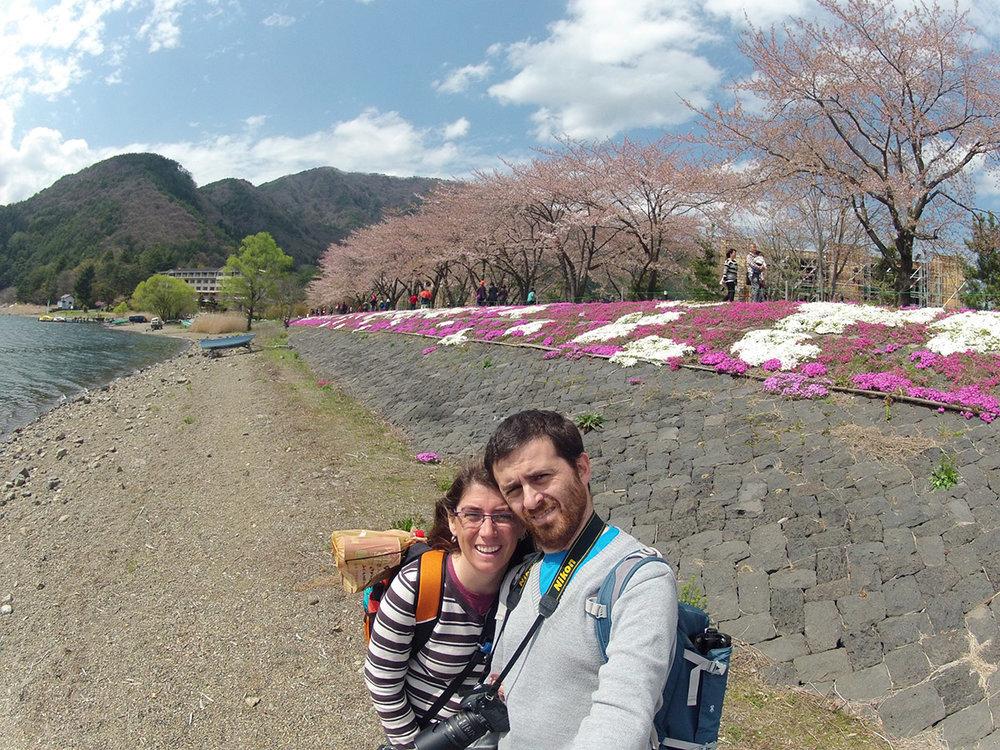 Lago Kawawuchi, esperando a que el Monte Fuji se deje ver...