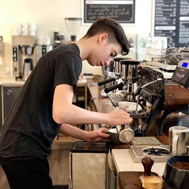 Raven is mastering his latte art.☕️🥛 @ravencaron.innovations  #deepcove #49thparallel #latte #cafeorso #barista
