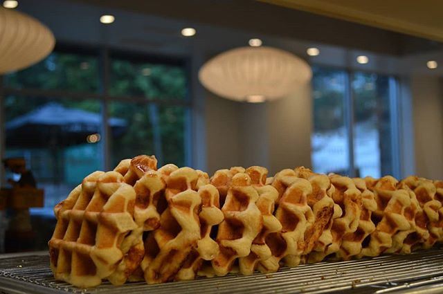 A Batch of Golden waffles waiting for a tummy to warm! .  With bits of sugar inside, when we heat the Belgium waffles, the sugar caramelizes creating a unique sweet taste! . . . #cafe #coffeeculture #espresso #design #european #waffles #vancouver #deepcove