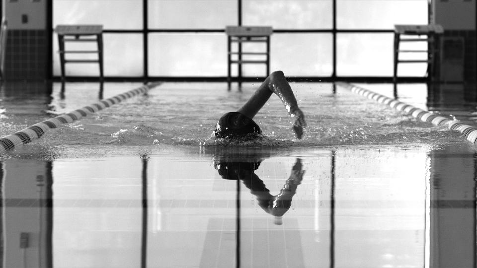 TyIBXTVSwimmer14.jpg