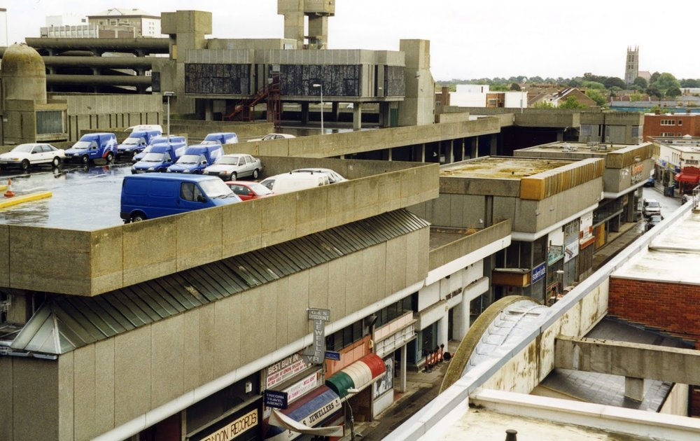 1999 0916 (2016 0601 SP14) Portsmouth; the Tricorn Centre (demolished in 2004).jpg