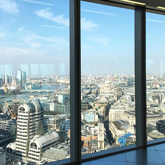 Great way to start the day with a tour of the Scalpel with @bco_uk #designers #london #alwayslearning #beautifulday #interior #design #architecture #skyscraper