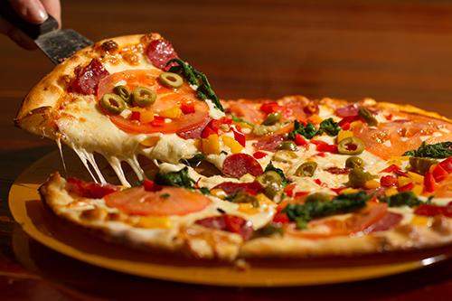 sanmarino_pizza-lieferservice-friedrichshafen-pizza-olive.png