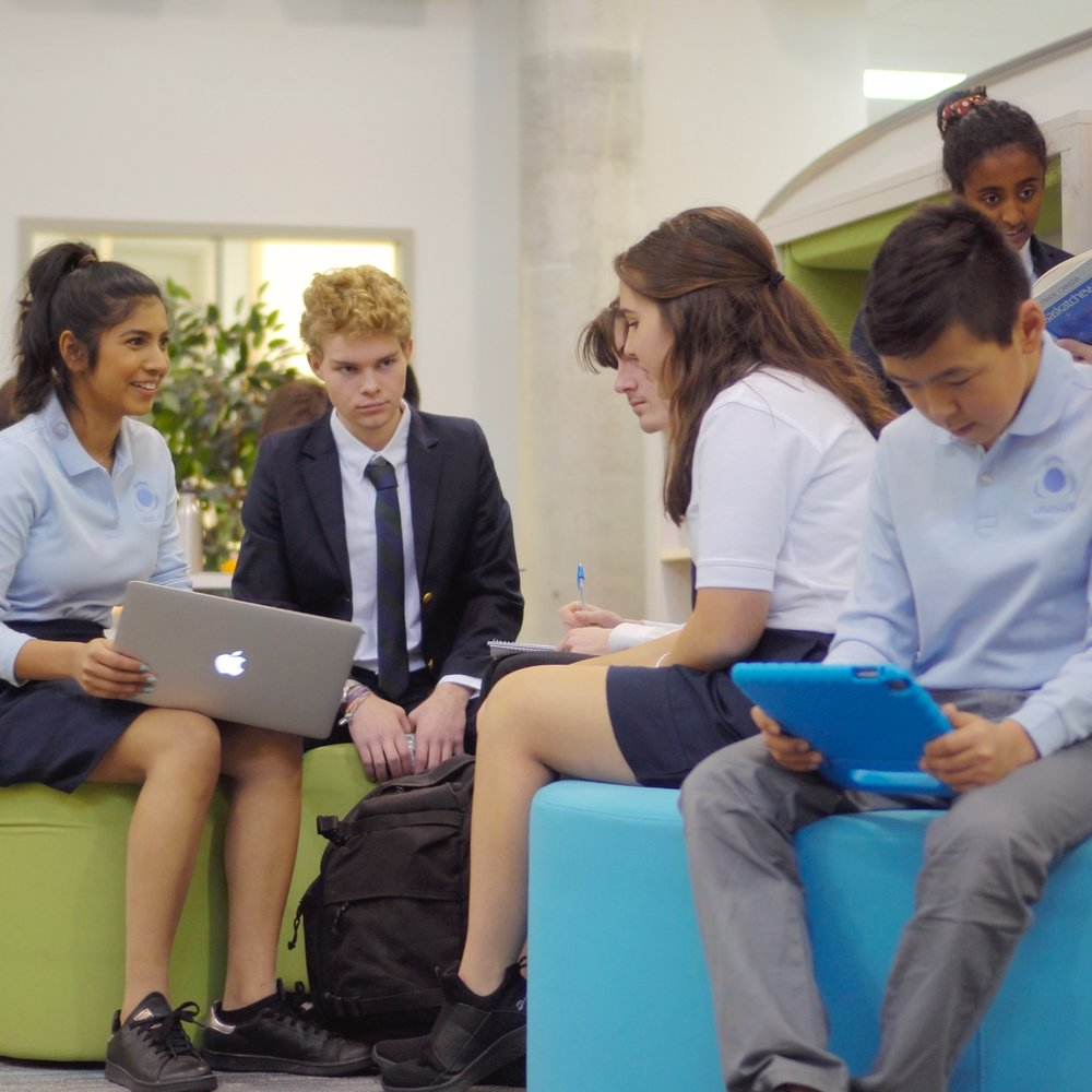 SOCIALIZE, RELAX, AND CREATE - Living spaces are designed to balance privacy and social interaction.Common areas encourage students to socialize with their peers and to collaborate on projects.
