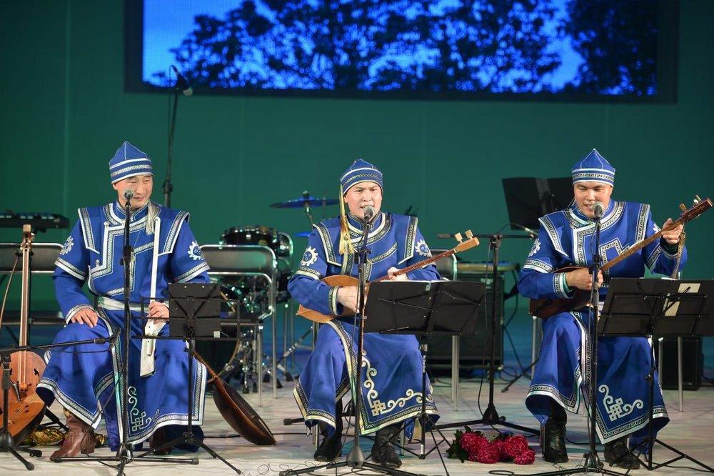 altai-kai-throat-singers-1.jpg