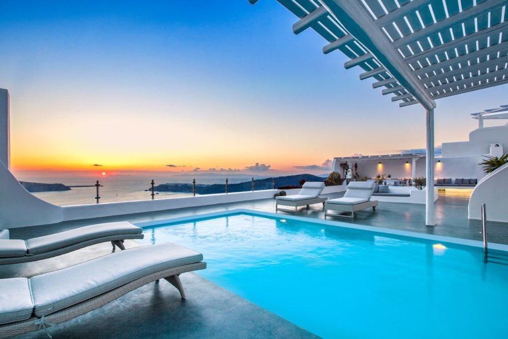 Villa Erossea Pool.jpg