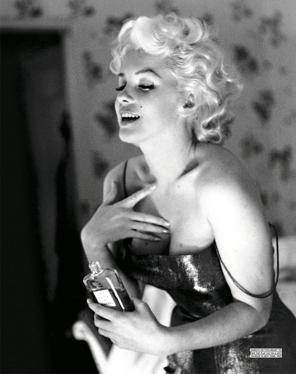 56 MARILYNS SECRET WEAPON - Chanel No.5 2.jpg