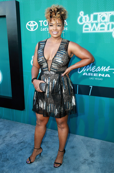 SYLEENA JOHNSON 2017 SOUL TRAIN AWARDS RED CARPET.jpg