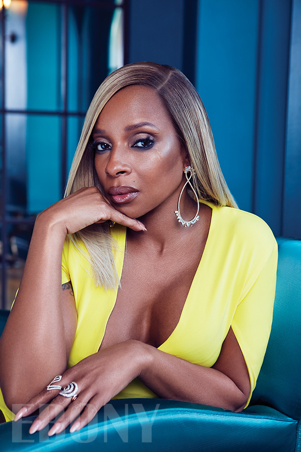 MARY J BLIGE EBONY MAGAZINE SPRING 2018 YELLOW DRESS TEAL COUCH CLOSE UP.jpg
