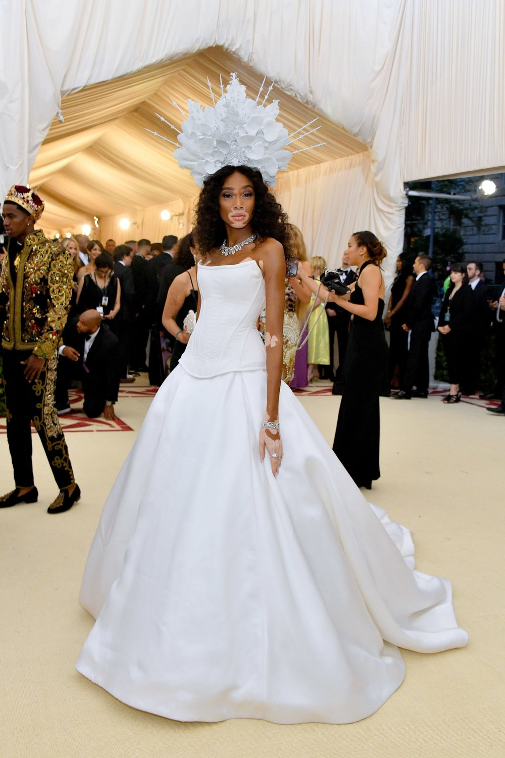 WINNIE HARLOW MET GALA 2018 RED CARPET.jpg