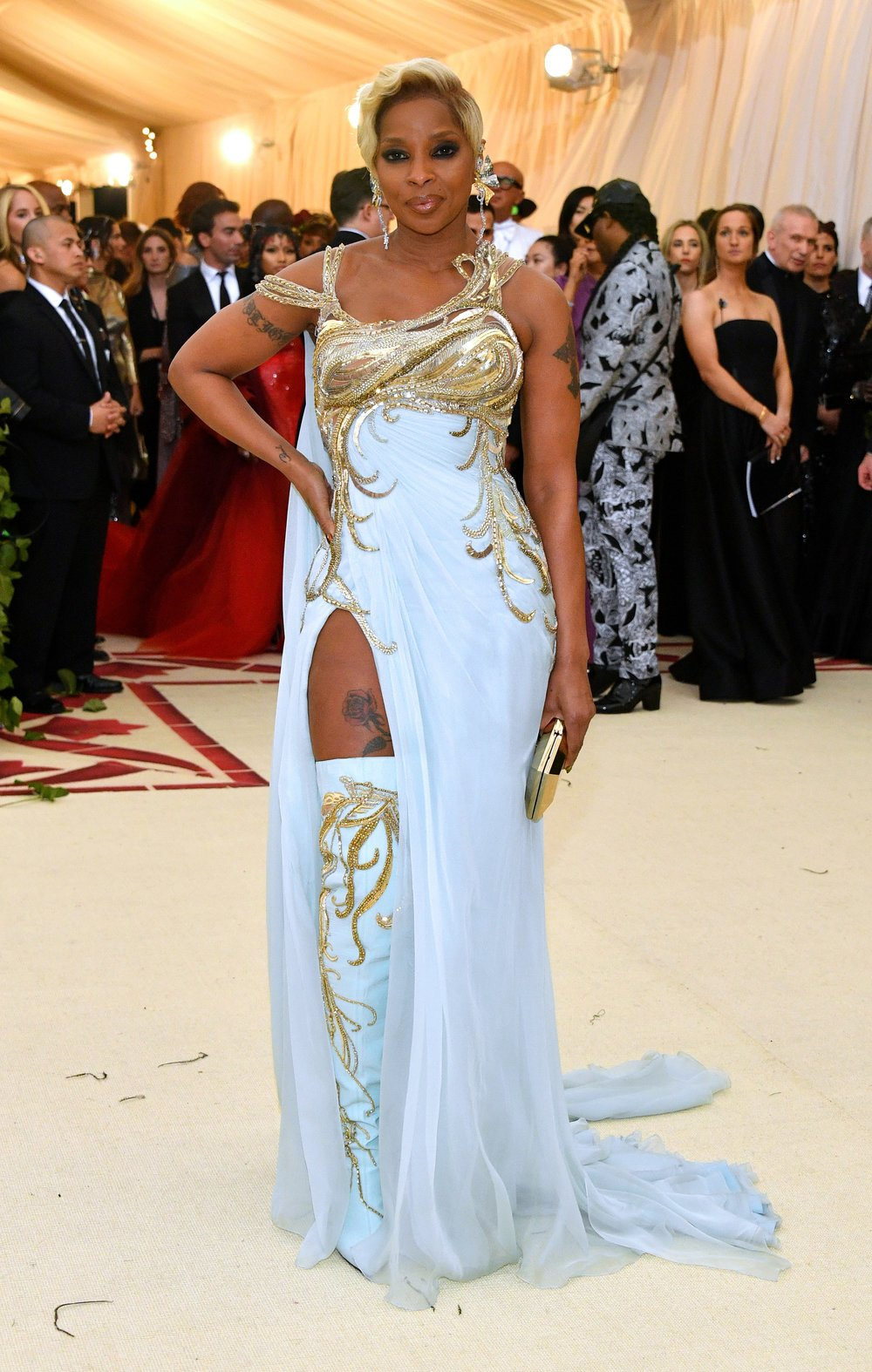 MARY J BLIGE MET GALA 2018 RED CARPET.jpg