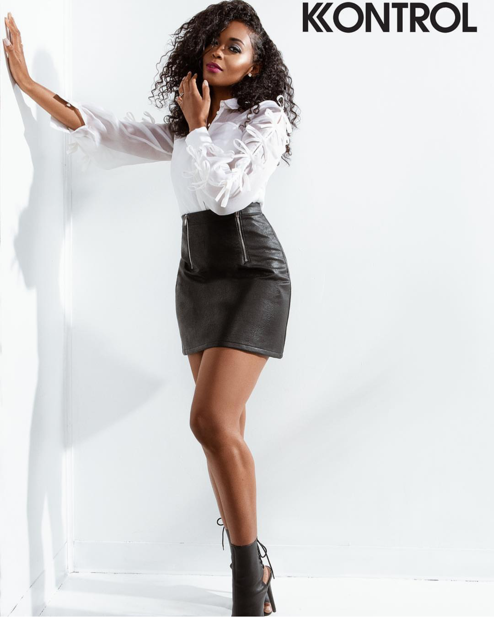 KONTROL MAGAZINE REBIRTH ISSUE 2018 NAFESSA WILLIAMS LEATHER.png