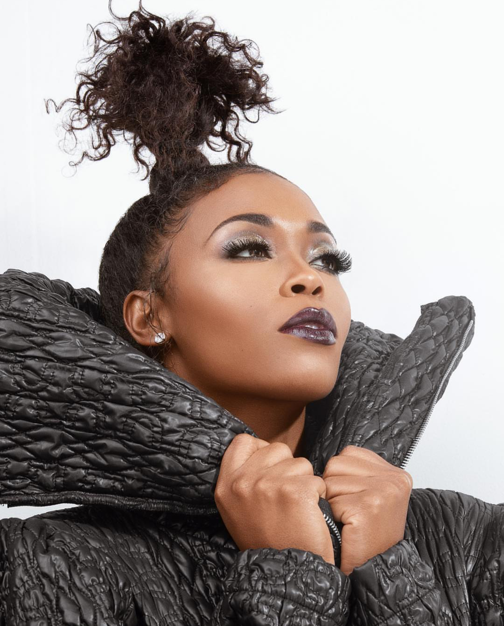 KONTROL MAGAZINE REBIRTH ISSUE 2018 NAFESSA WILLIAMS GREY COAT.png