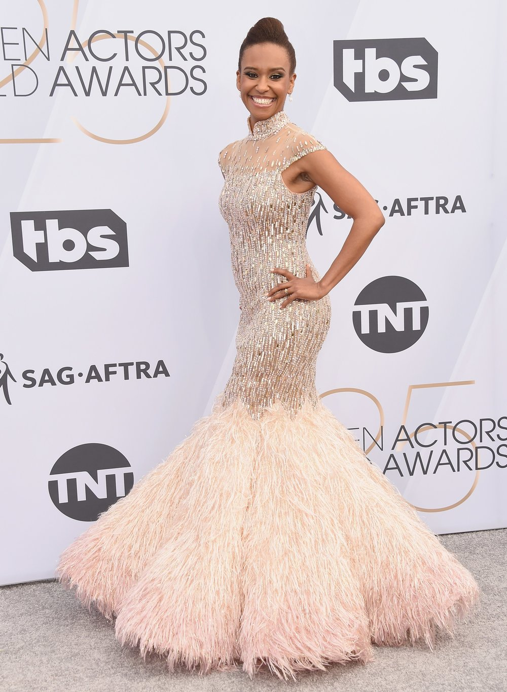 SAG AWARDS 2019 RED CARPET RYAN MICHELLE BATHE.jpg