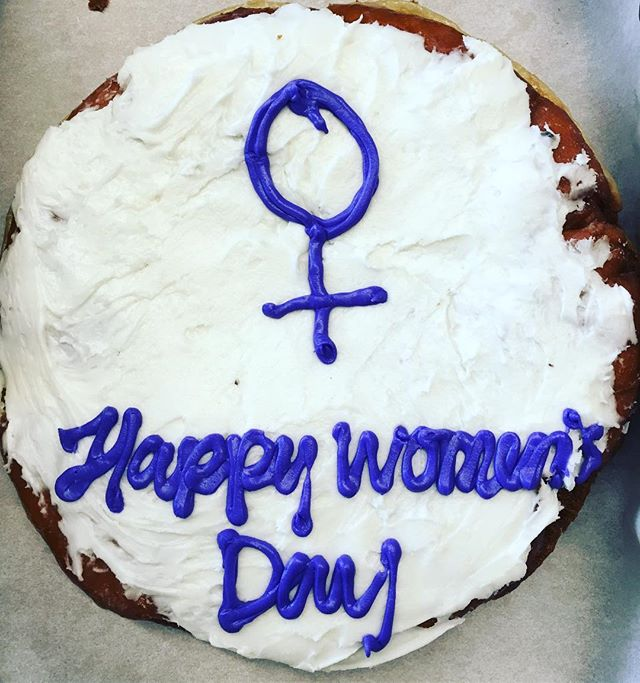 #internationalwomensday party donut by woman owned and operated @delicious.donuts!! 💜