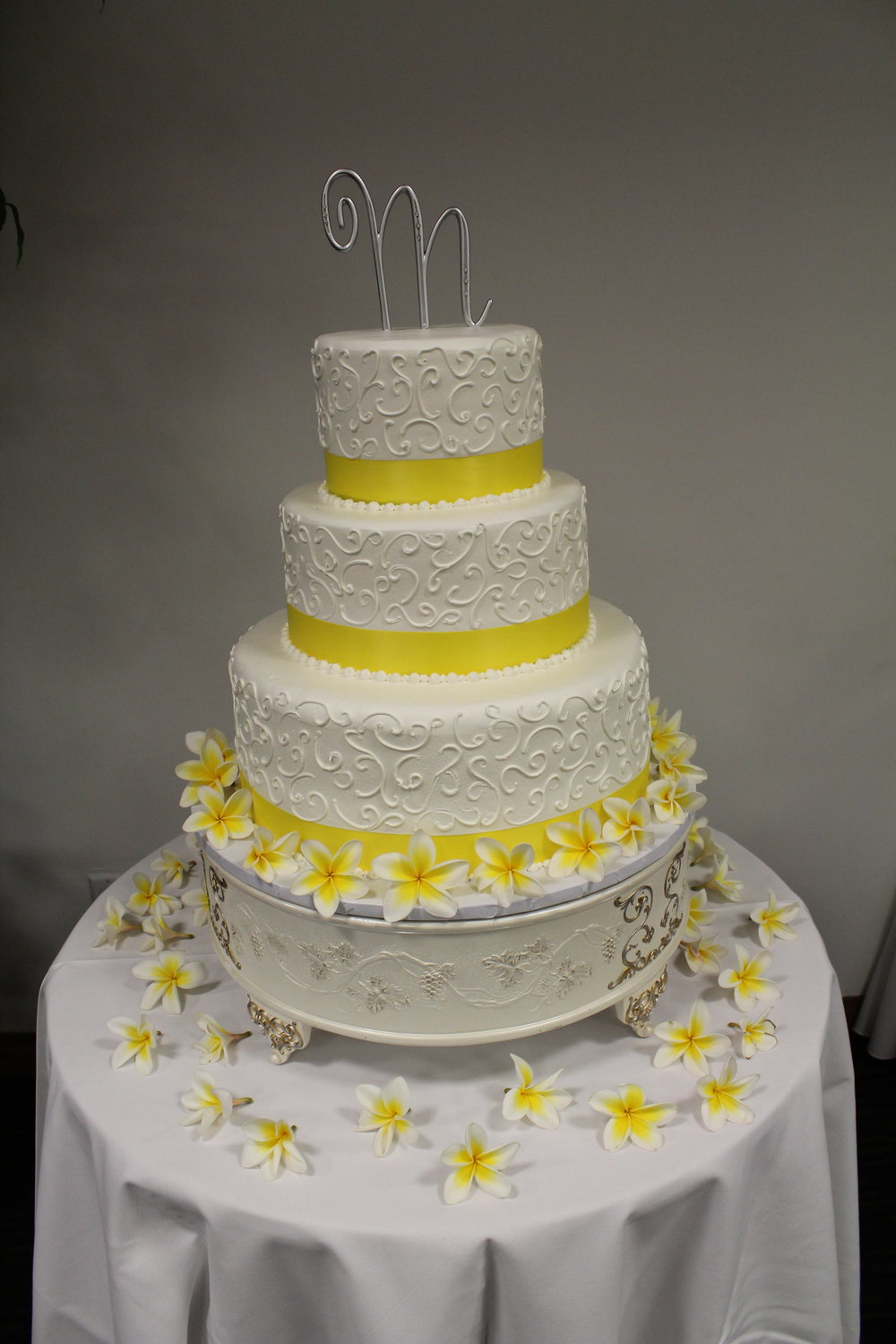 Cake by King's Hawaiian Bakery in Torrance, California